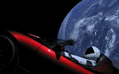There's a Starman waiting on the Web, door Fred Bouchar (MM)